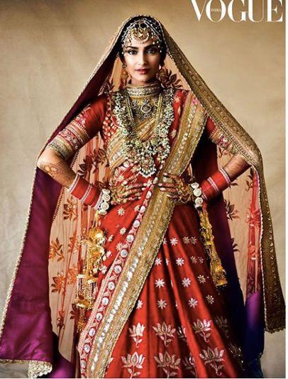 red sonam kapoor lehenga , bridal lehenga , red chooda , mehendi , bollywood brides , bollywood bridal lehenga , lehenga #bollywoodwedding #lehenga #sonamkapoorwedding #thefashionpost #indianbridalfashion #weddings