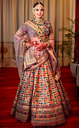multi coloured sabyasachi lehenga , sabyasachi bride 2020 , latest sabyasachi lehenga #sabyasachilehenga #sabyasachibrides , #indianweddings , #bigfatindianwedding